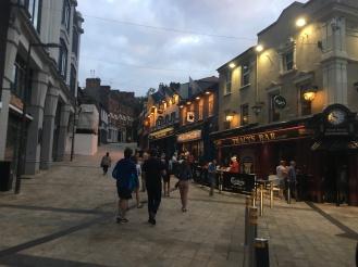 Derry: The Pub